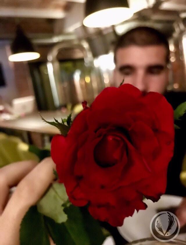 porgimi un fiore